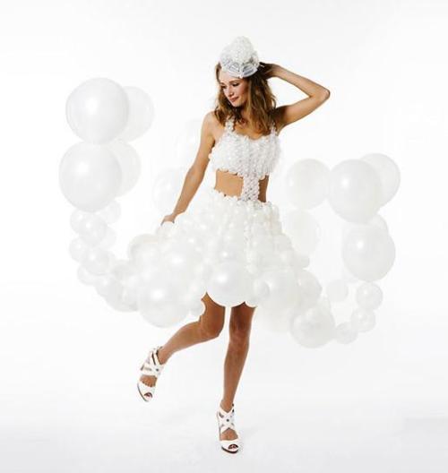 Daisy Balloon Dress 01