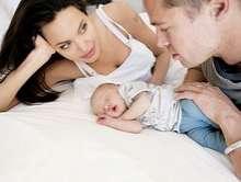 Angelina Jolie & Baby 03