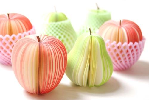 Kudamemo-Fruit-Shaped-Sticky-Notes