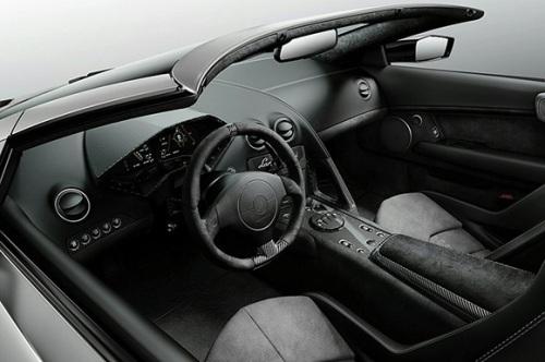 Lamborghini-Reventon-Roadste-05